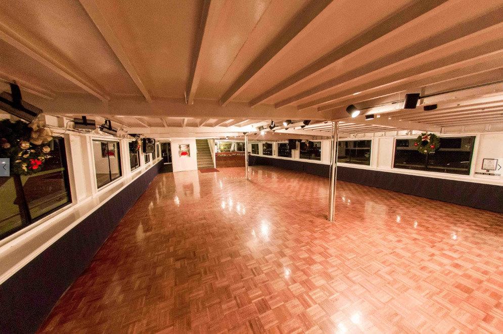 Cabernet interior3
